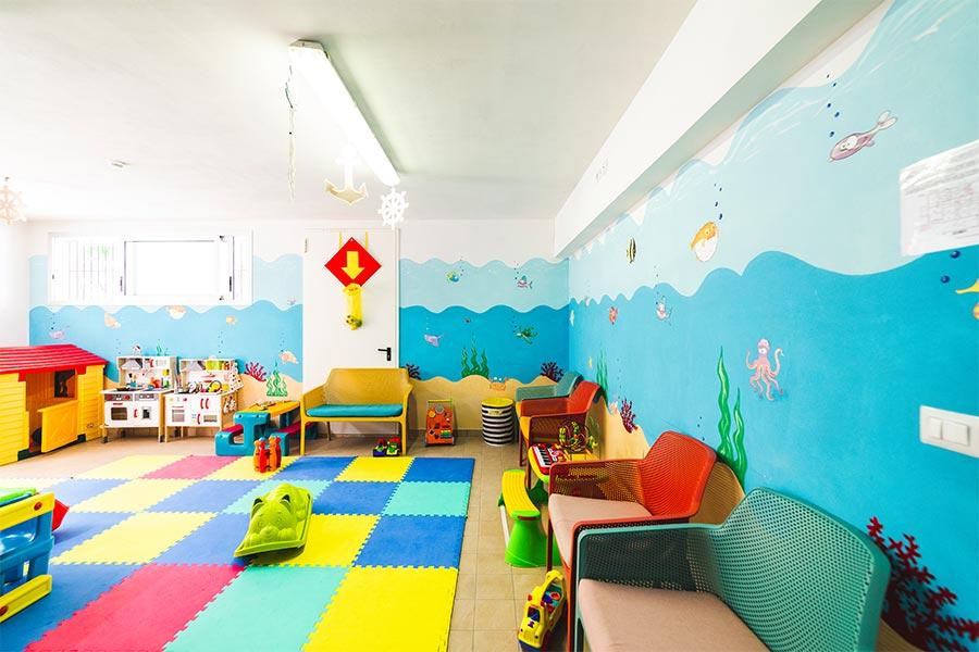 Sala Giochi Per Bambini : Family hotel cattolica servizi per bambini allhotel astoria