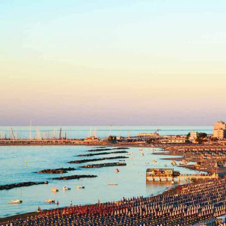 Dinner in the Sky a Cattolica, gusto con vista sulla Sunset Beach Arena
